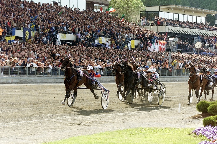 Ta del av den magiske elitloppsstemningen fra VIPPEN hos oss søndag 28.mai. Illustrasjonsfoto: Hesteguiden.com.