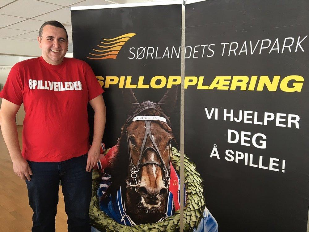 Vår faste tipser Rune Upsahl har vurdert søndagens V65-omgang på Sørlandets Travpark. Foto: Richard Ekhaugen.