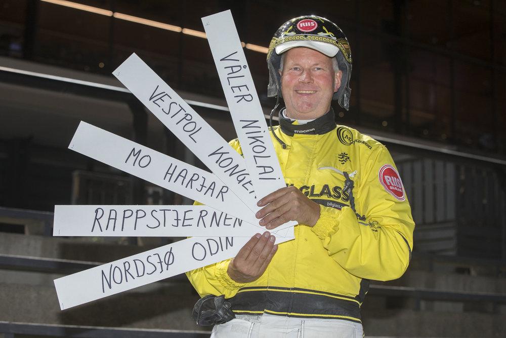 I vår live tipssending på Facebook fredag kommer suksesstrener Øystein Tjomsland for å vurdere sine sjanser på hjemmebane lørdag. Foto: Hesteguiden.com.