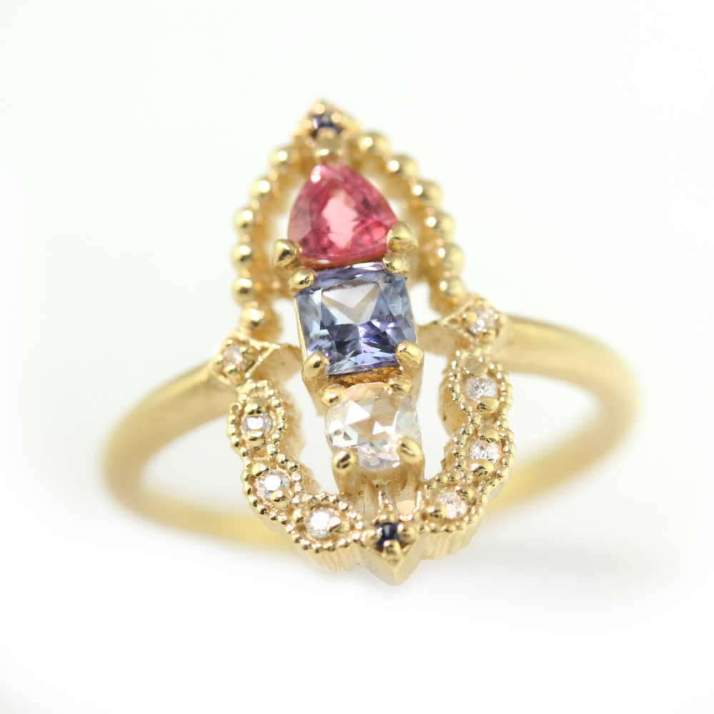 Limited_Collection_Vertical_Calliope_Ring_sapphire_Diamond.jpg