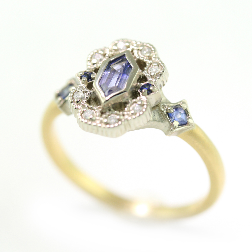 Limited_Collection_Ribbon_Frame_Ring_Blue_Sapphire.jpg