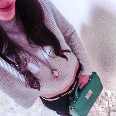 Sweater:  Alice Jane  ; Necklace:  J. Crew  ; Bag:  Kate Spade