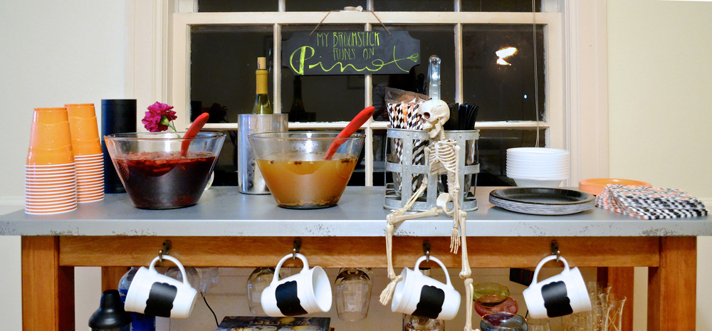Halloween Party with Red Wine Sangria | Hello Darlings