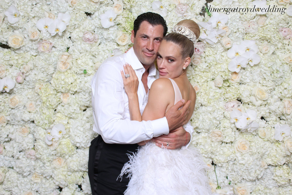 Maks & Peta's wedding photo booth