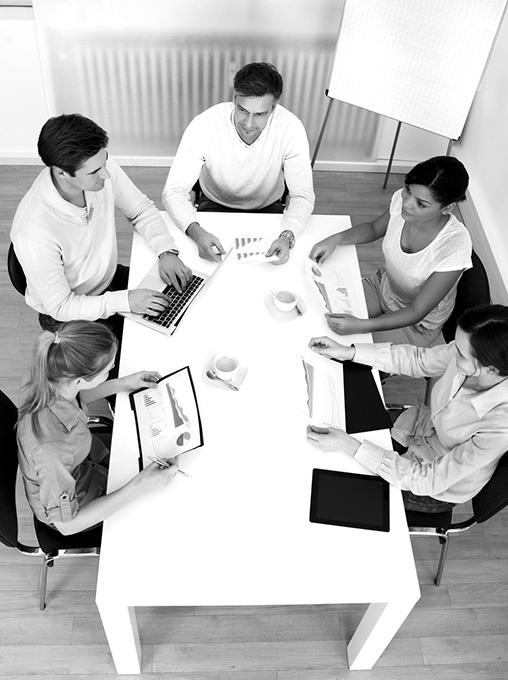 Les professionnels en activité ou en cours de reconversion professionnelle peuvent trouver dans nos prestations une aide enrichissante.