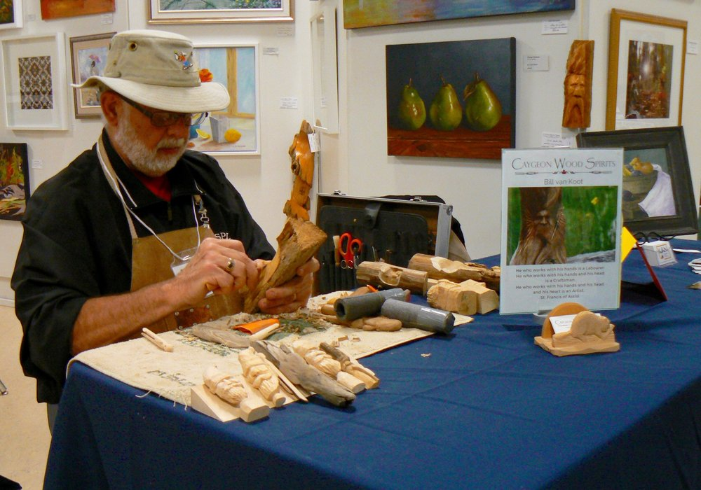 Carving Demonstration by Bill van Koot at KAN booth at MIKL 2018