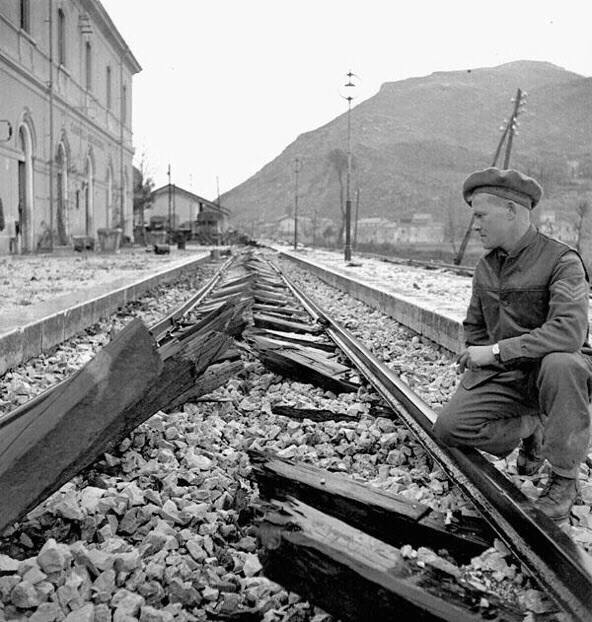 British soldier and destroyed railway line 1943 Abruzzo.jpg