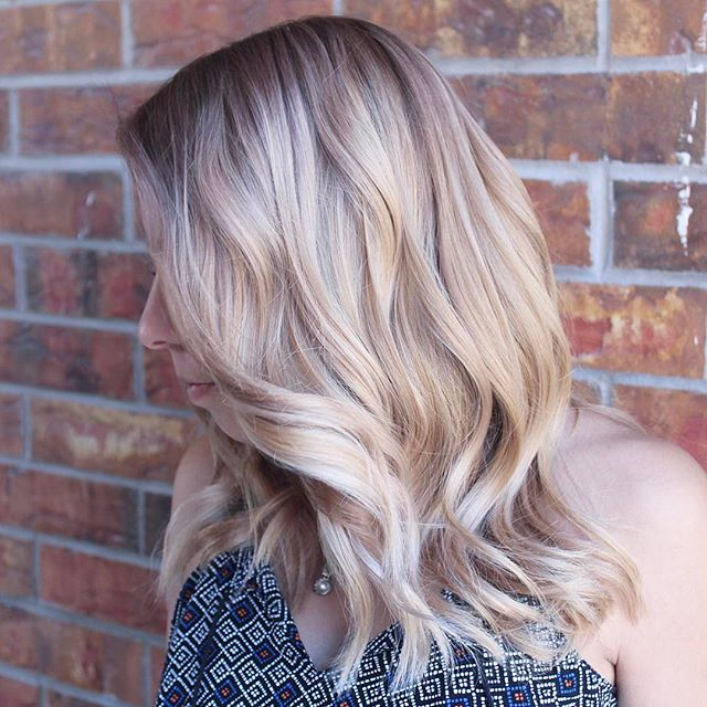 Gorgeous blonde blood correction from our newest stylist Kirina!  #blonde #schwarzkopf #loreal #btcpics #elpasohair #randco#redken #modernsalon#balayage