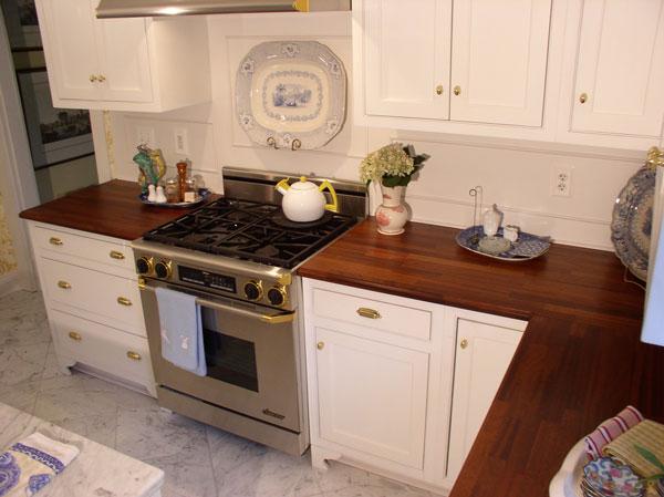 gfx_30mm-Mahogany-Kitchen-1.jpg