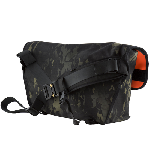 3856ebf4b0c Courselle Cycles YNOT Junction Messenger Bag black multicam cobra buckle 3