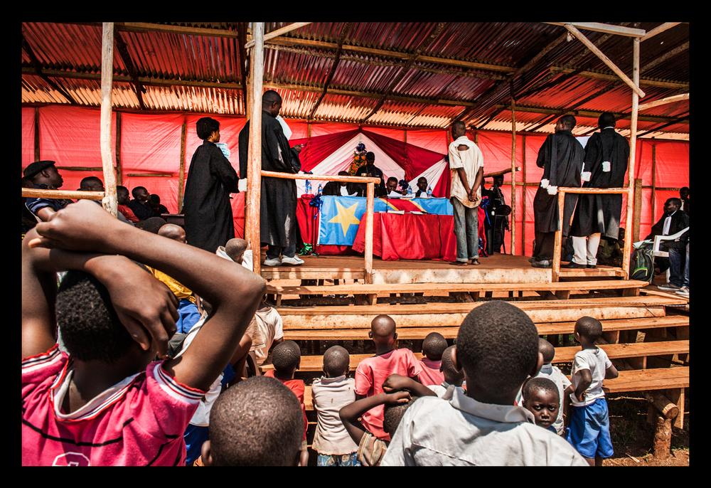 Children watch rape trial