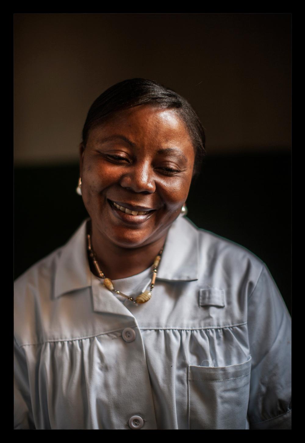 Portrait of a nurse at the Karibuni Wamama Clinic