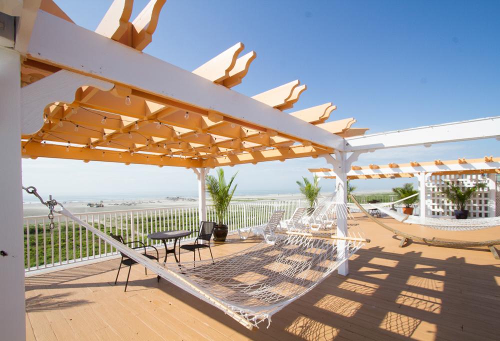 sundeck3 png fifth floor cabana hammock sundeck  u2014 the aqua beach hotel  rh   aquabeach