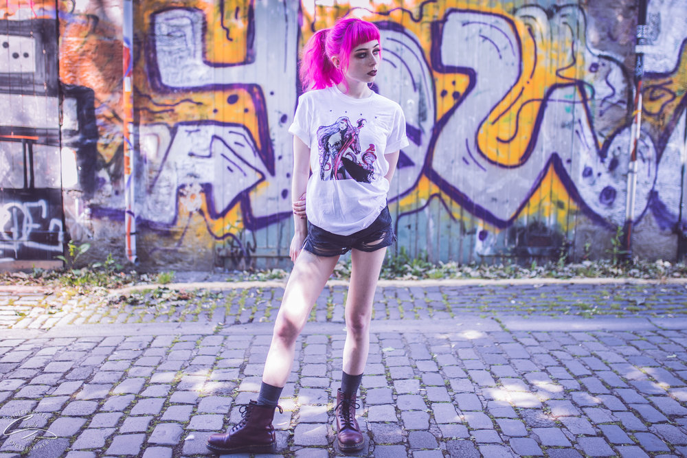 Shot by  Charlie Parker . Modeled by  Anaelic