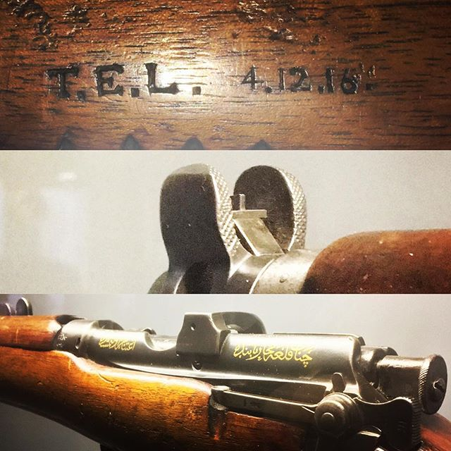 I had the privilege of attending the @museearmee_invalides in Paris last week where I stumbled upon T.E.Lawrence's Short Magazine, Lee Enfield SMLE 3 Rifle. It was presented to the Emir by Turkey having been captured at Gallipoli, Emir Feisal then gifted it to Lawrence. Imagine the number of Ottomans that had that foresight drawn on them through both campaigns. #leeenfield #ww1 #gallipoli #lawrenceofarabia #museearmee #rifle