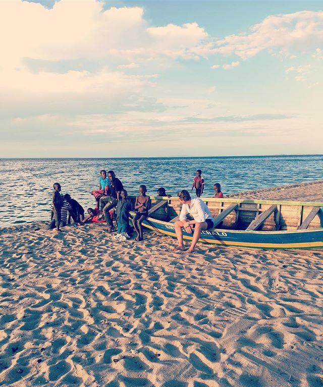 Making friends on #lakevictoria #mensaccessories #mensgoods #love #mensstyle #instagood #style #british #present #britishmade #fashion #fashionblogger #gentlemen #winter #bespoke #luxury #menswear #africa #tanzania #boat #linenshirts #linen