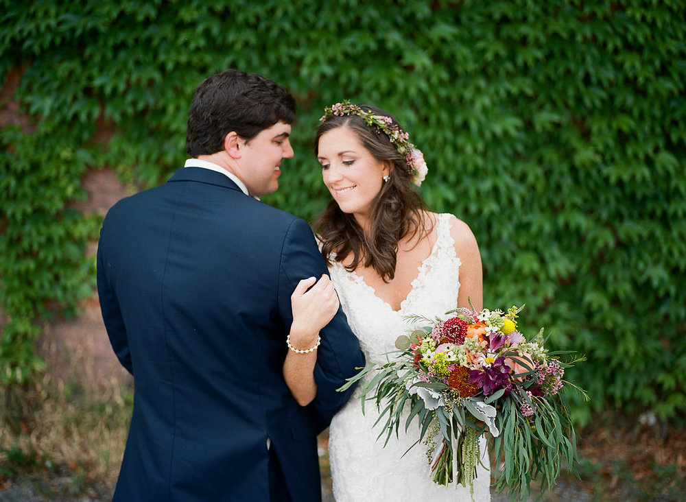 Handley Breaux Designs | Rachel & Noah Ray Photography | Wedding Day | Posing Tips