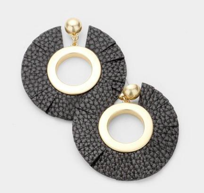 The perfect  statement earrings  to pair with a classy look. Get these for yourself from our friends at Stella Blue Boutique!