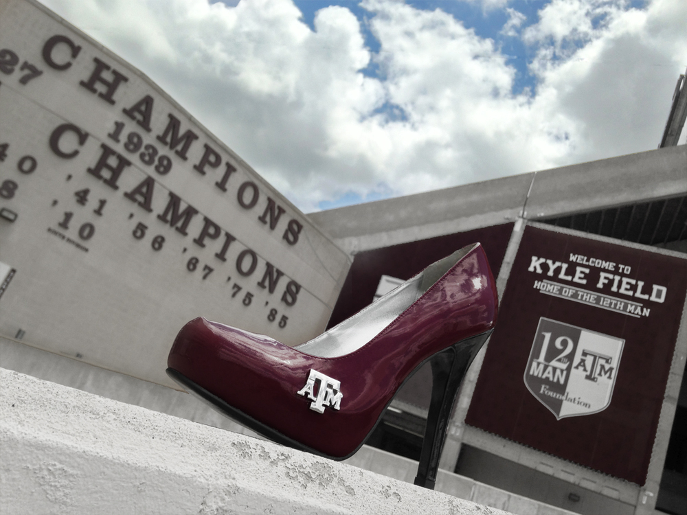 the-btho-heel-tamu-kyle-field