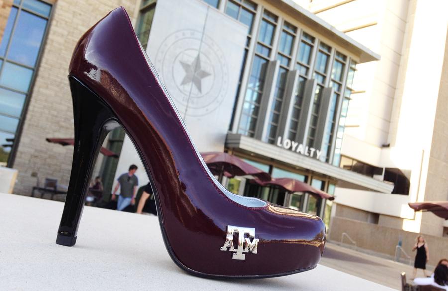 gig-em-heels-btho-mem.jpg