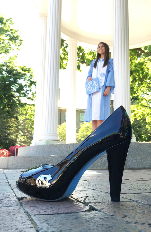 unc-old-well-unc-heels-the-smith ver 900t.jpg
