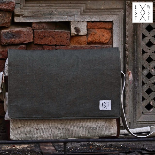 Made from our signature Himalayan nettle, the Midhills Messenger is made from a traditional natural fiber harvested, spun and woven by our partner women in the foothills of rural Nepal, making this a natural and sustainable option for your everyday laptop bag. #estwst #consumeconsciously #connectglobally #organic #nettle #sustainable