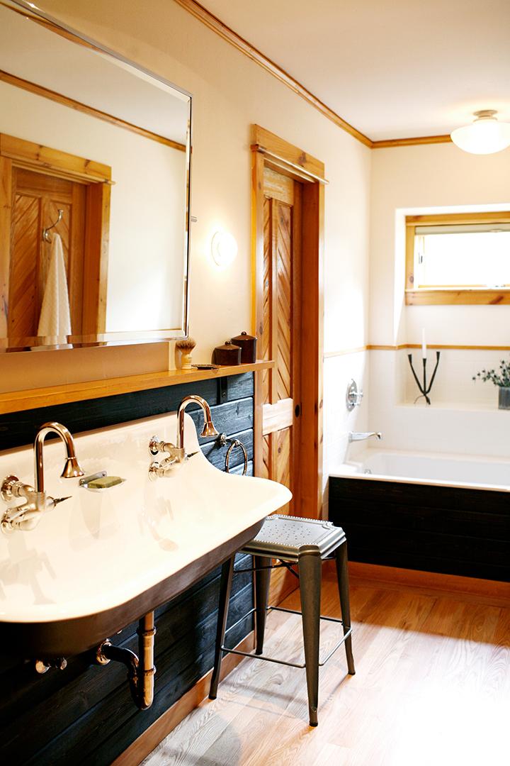 01_JGID_Sun Valley Guest Bath Remodel.JPG