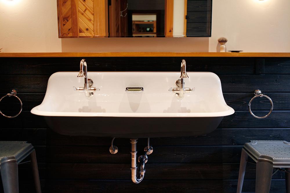 04_JGID_Sun Valley Guest Bath Remodel.JPG