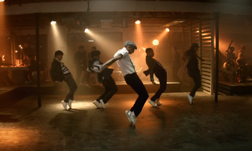 chris-brown-new-video-8-1364899041-custom-0.png
