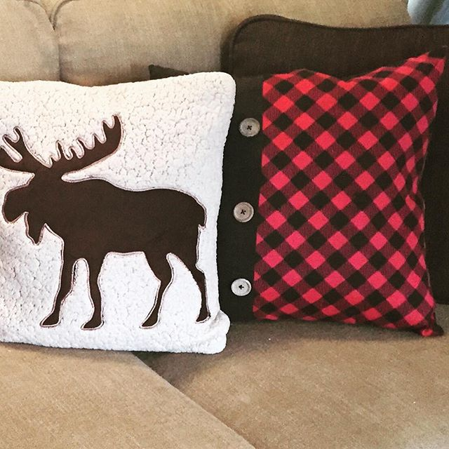 #newpillows for #fall! 😍  #homedecor #interiorstyling #interiordesign #fall2016 #buffalocheck