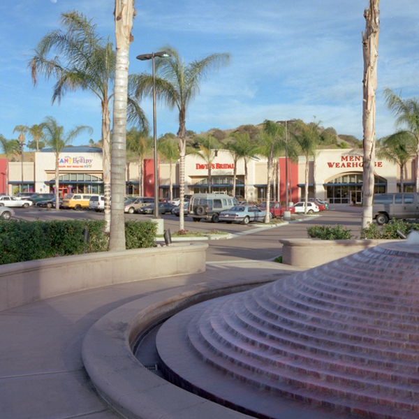 Grossmont Plaza Center