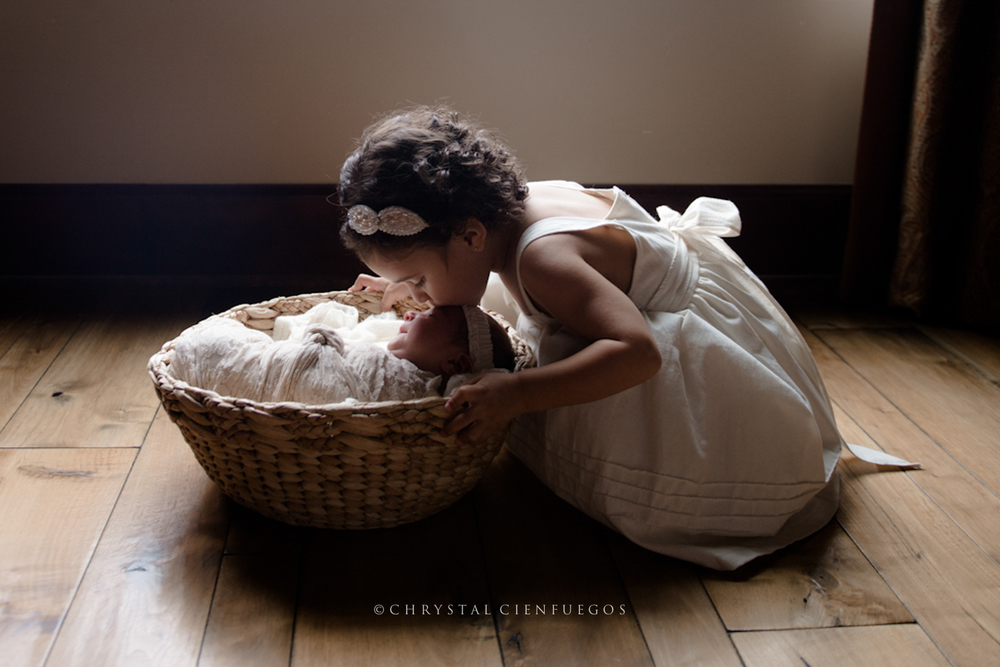 san_diego_newborn_chrystal_cienfuegos-14.jpg