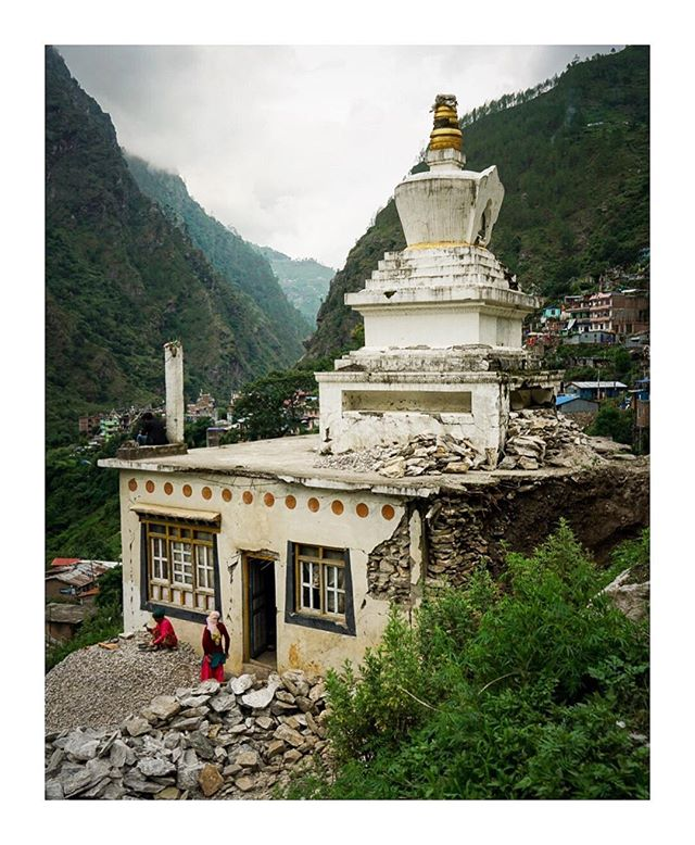 Rebuilding after an earthquake - Head over to @irinnews to read about some of the issues faced by #Nepal after the Gorkha #earthquake 3 years ago.