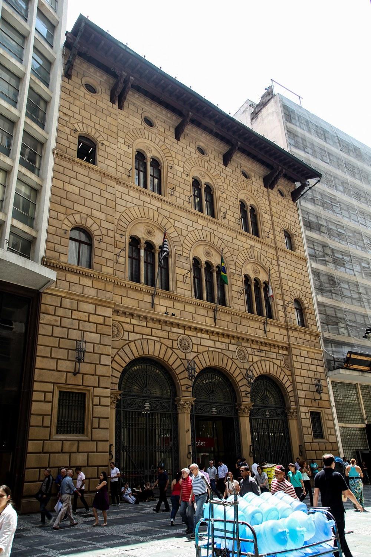 Banco_Frances_Italiano (2)_reduzido.jpg