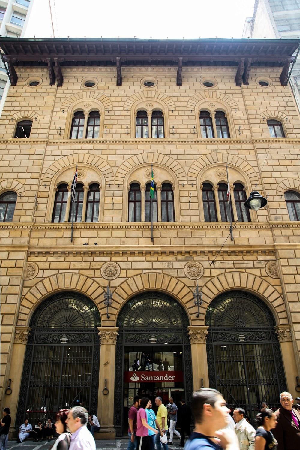 Banco_Frances_Italiano (3)_reduzido.jpg