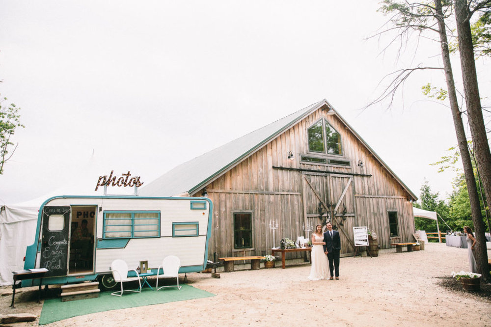 maine-wedding-photographer-wedding-photographers-in-maine-broadturn-farm-wedding-blue-elephant-wedding-granite-ridge-barn-and-estate-UVL57JKA.jpg