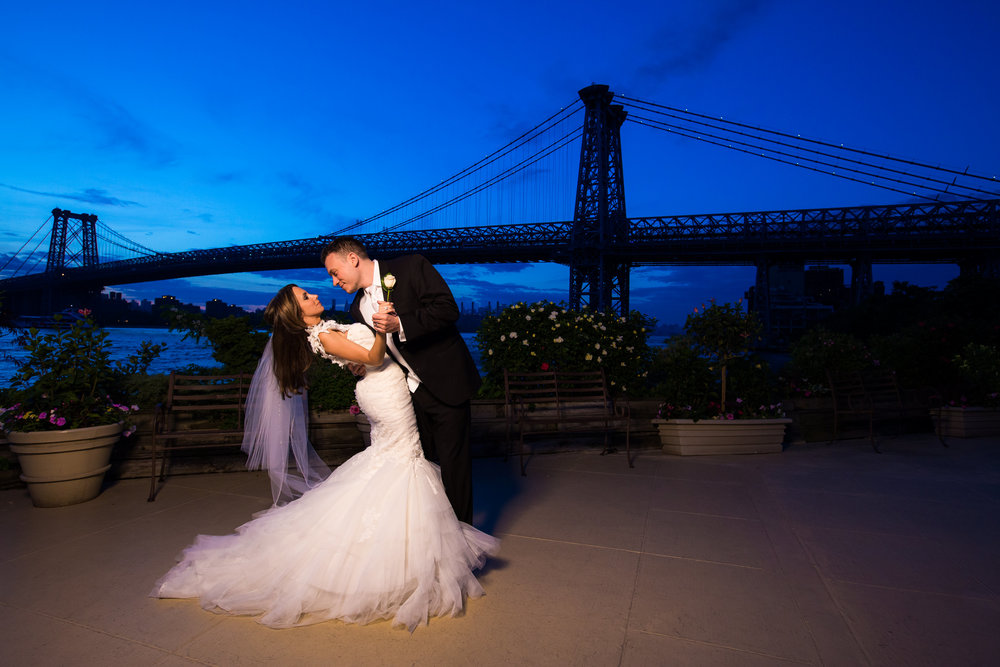 New York Wedding Photography - Giando  On The Water Brooklyn Wedding