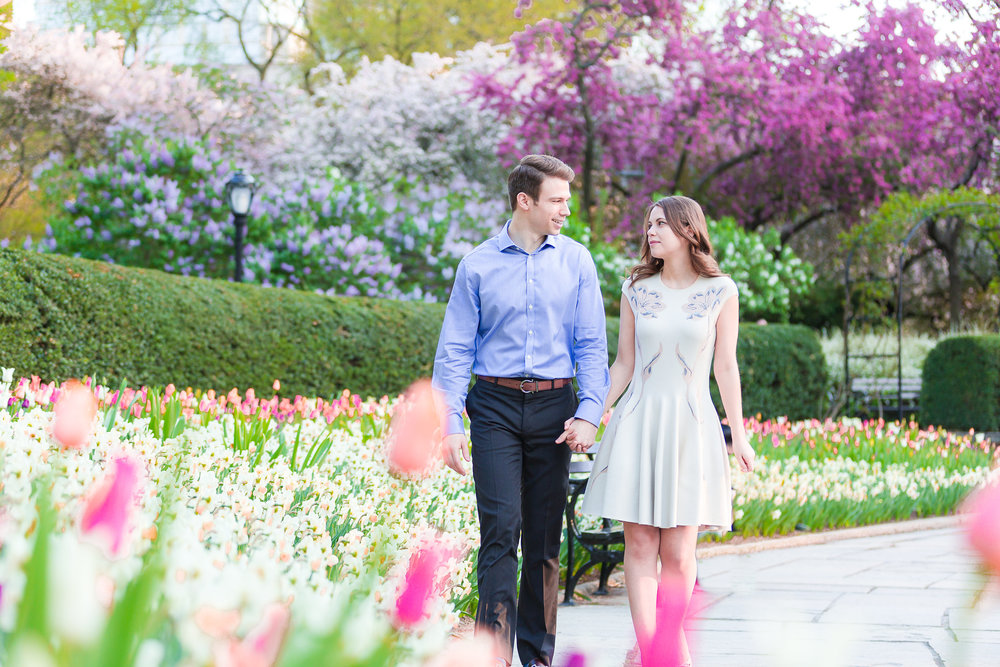 NYC-Conservatory-Garden-Engagement-Photos-Ideas-0259.jpg