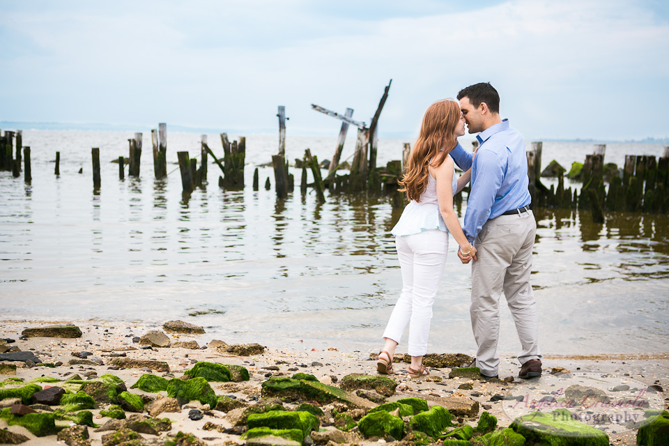 NewJersey_Engagement_Photo_Ideas_FortHancock_SandyHookw-179.jpg