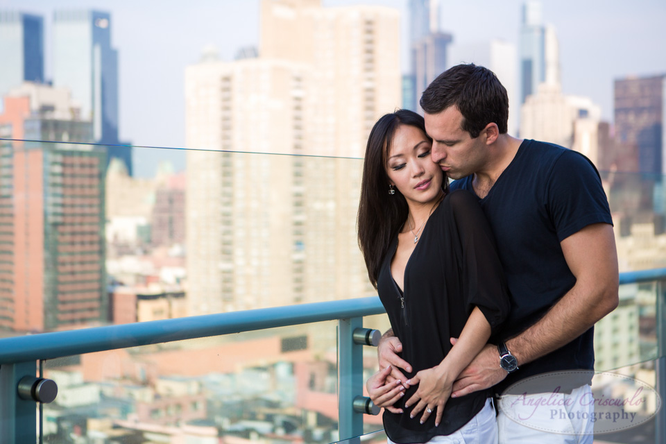 NYC Engagement Photo ideas Skyline Photos