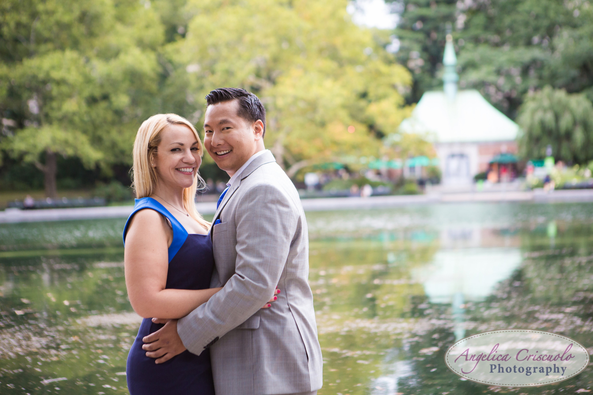 New York Engagement Photo ideas Boathouse Central Park