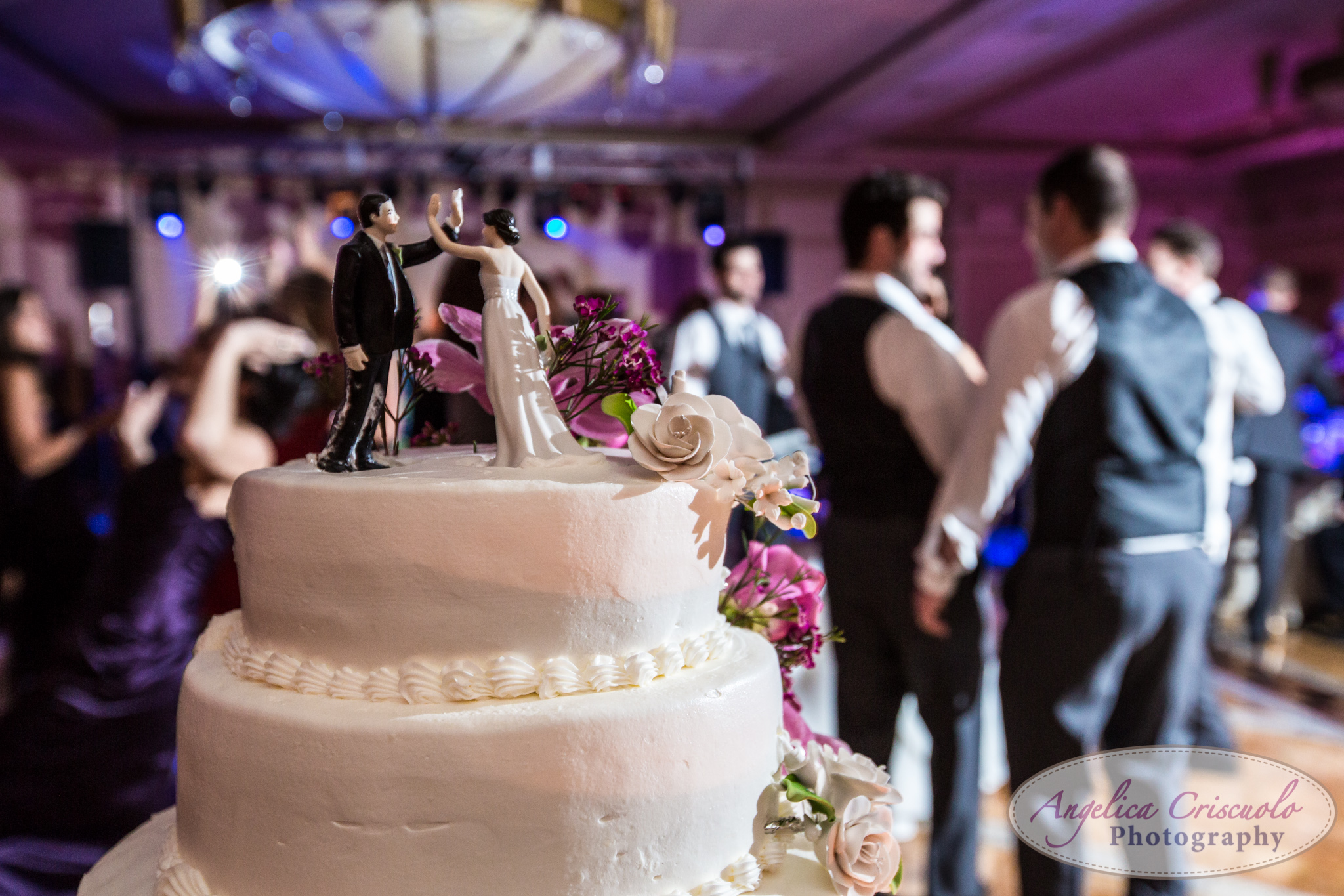 New York Wedding Photographer high-five cake topper ideas