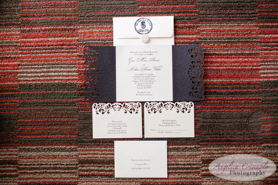 Wedding invitation in gold and black