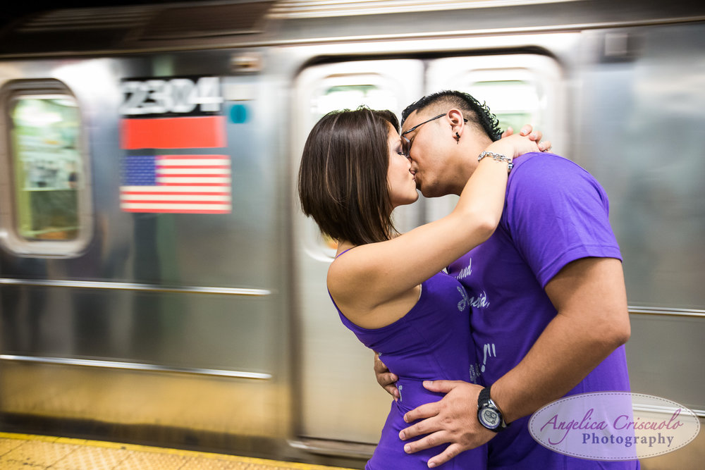 New York City engagement subway photo ideas kiss
