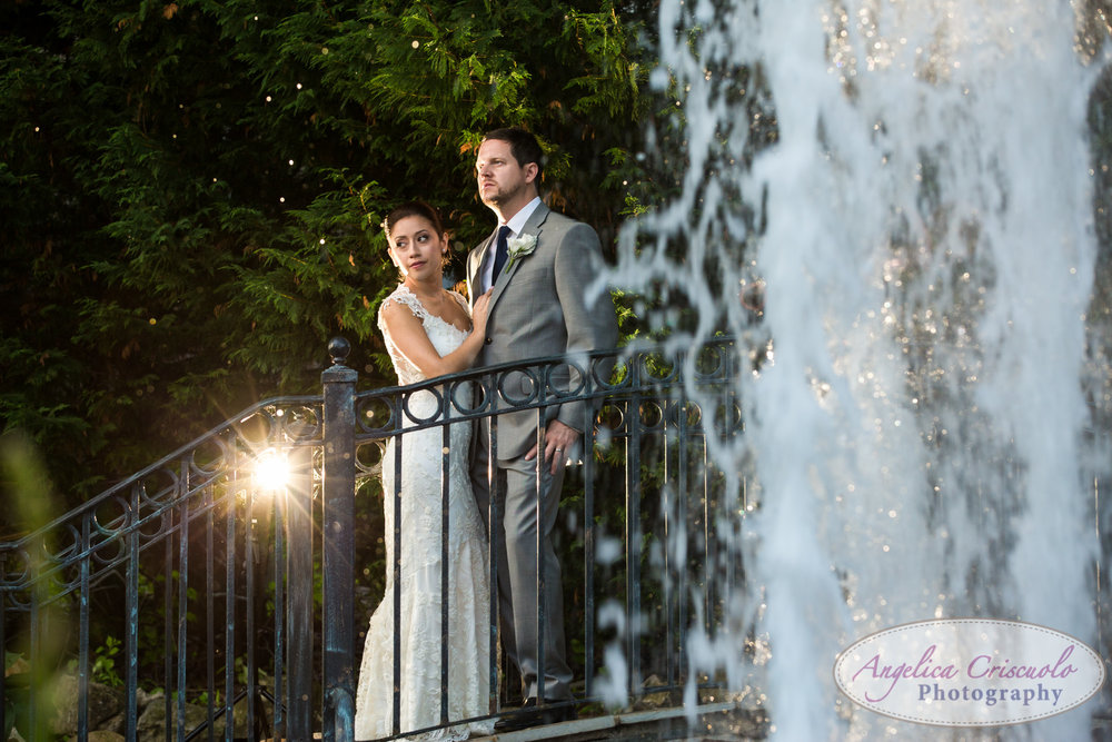 Bride and groom wedding photo ideas New York Fox Hollow
