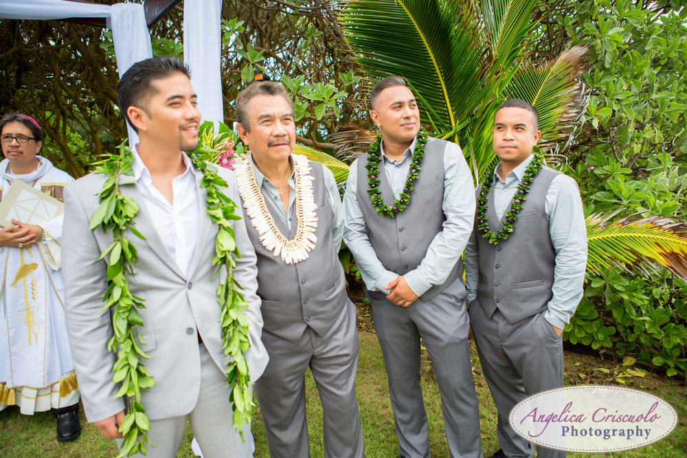 Hawaii_Wedding_Photographer_Oahu_Destination_web-327