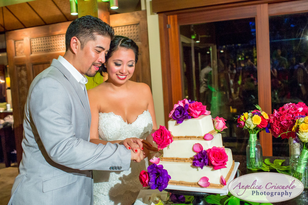 Oahu Hawaii Destination Wedding Photos hale ohana house cake cutting