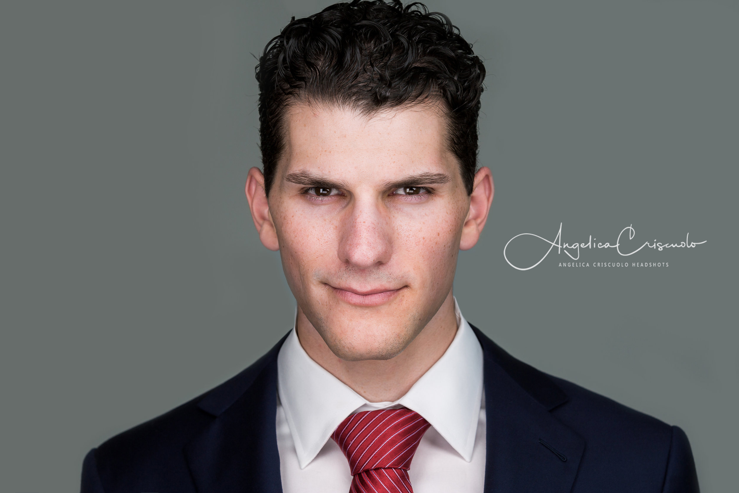 Headshot photographer in NYC for finance