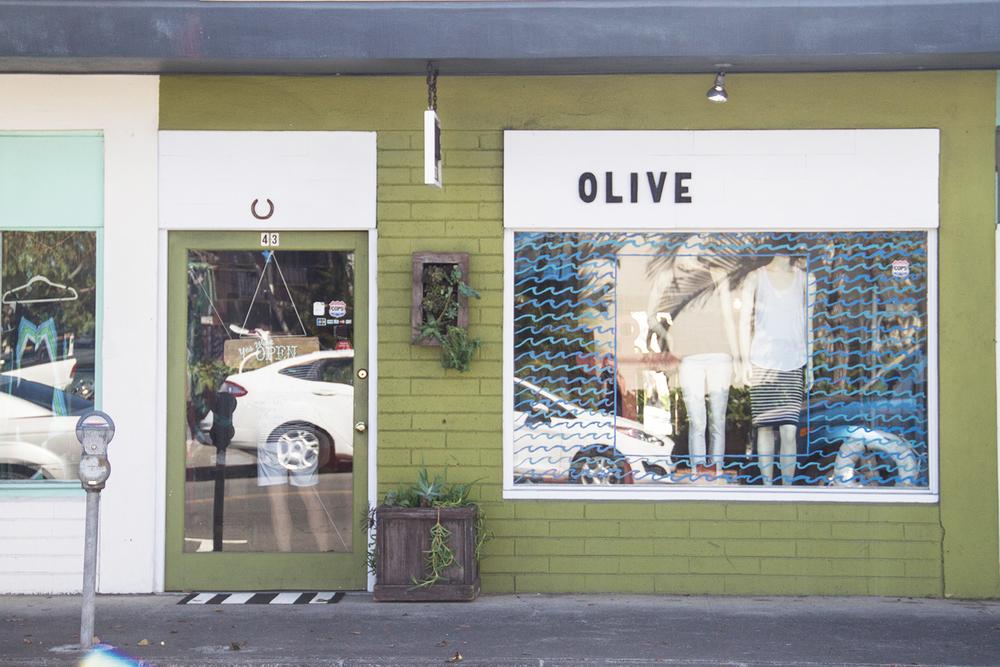 olive boutique | desertfroth.com