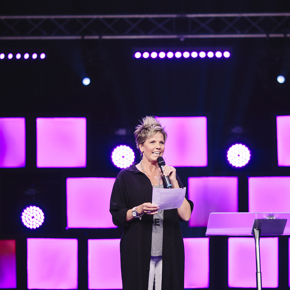 Pastor Beth 5.jpg